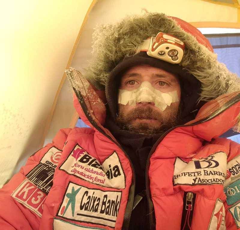 Txikon zakończył zimową wyprawę na K2. Polacy znów spróbują