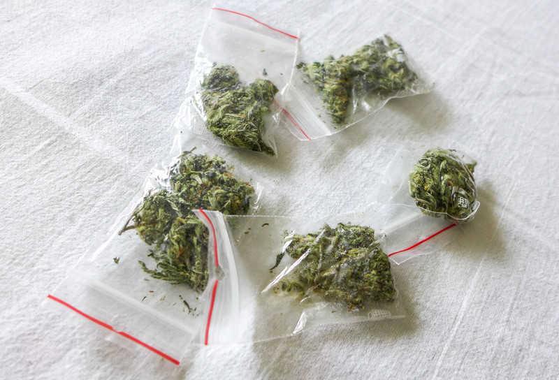 """Irlandia: Mężczyzna przyniósł marihuanę na policję, bo """"była słabej jakości"""""""