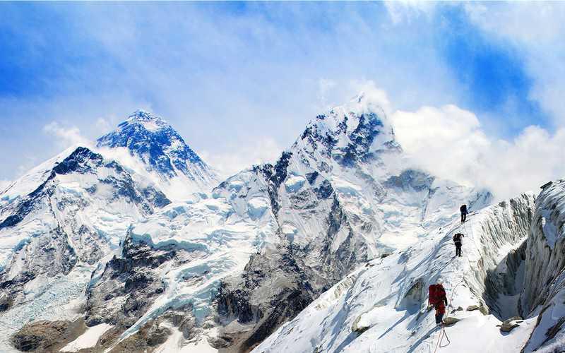 Chiny zamykają dostęp na Mount Everest z powodu koronawirusa