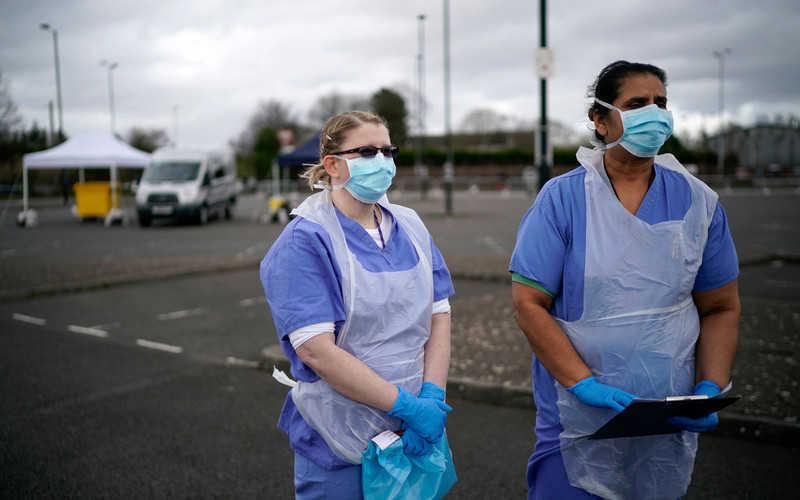Coronavirus: UK manufacturers urged to consider switching to making ventilators
