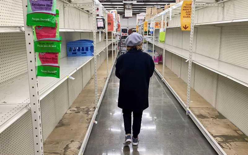 """Przez """"chory żart"""" sklep wyrzucił żywność za 35 tys. dolarów"""