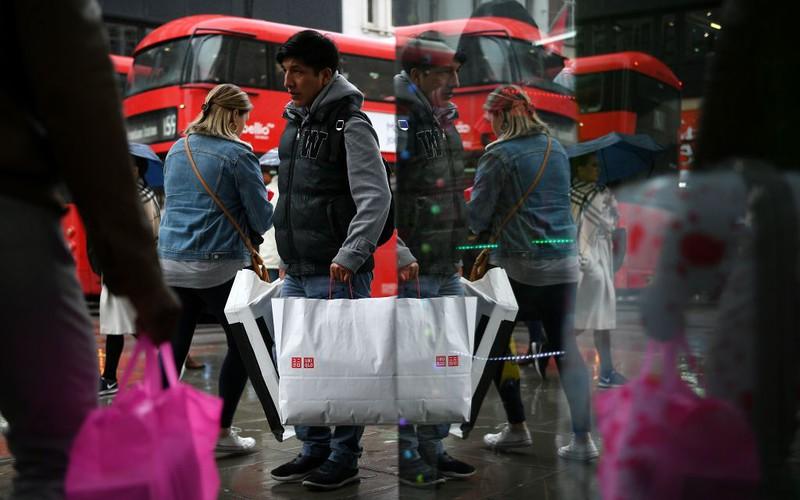 Londyn: Koronawirus zmieni zakupy na Oxford Street