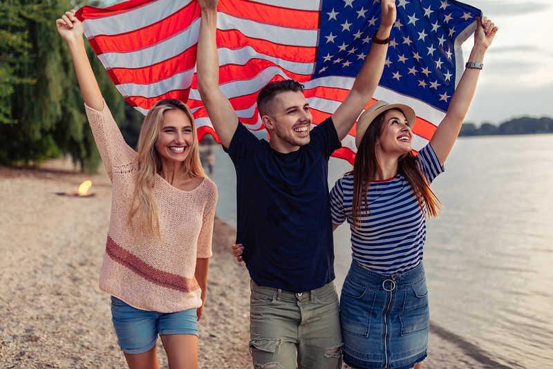 Sondaż: Spada poczucie dumy z bycia Amerykaninem