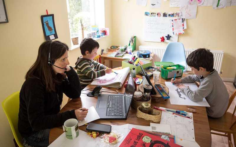 Brytyjczykom spodobała się praca z domu
