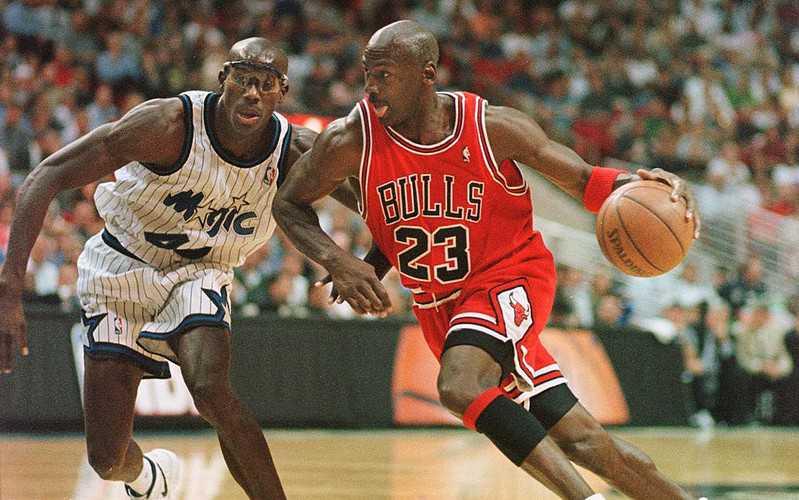 Koszulka Jordana może zostać sprzedana za pół miliona dolarów