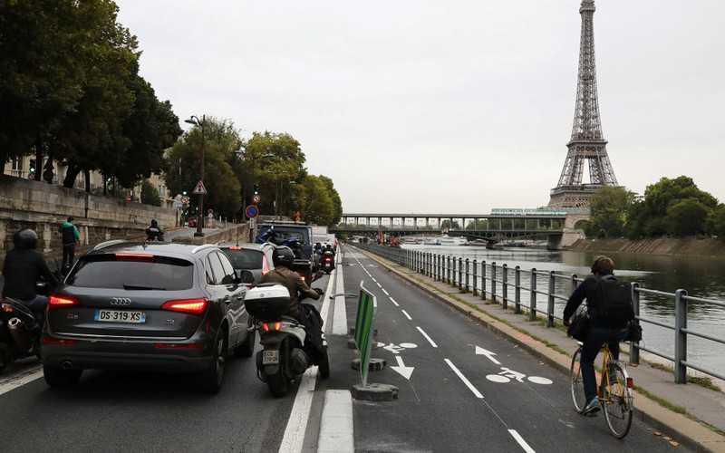 Badanie: Francuzi przekraczają prędkość i są agresywni na drodze