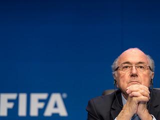 """Blatter w szpitalu. """"To przez stres"""""""