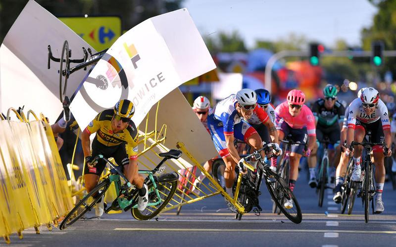 Tour de Pologne bike crash leaves Fabio Jakobsen in coma