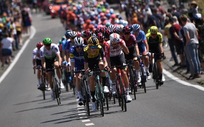Tour de France is sexist, says Lyon mayor