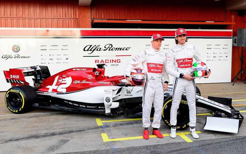 Kimi Raikkonen, Antonio Giovinazzi to Stay at Alfa Romeo F1 Next Season