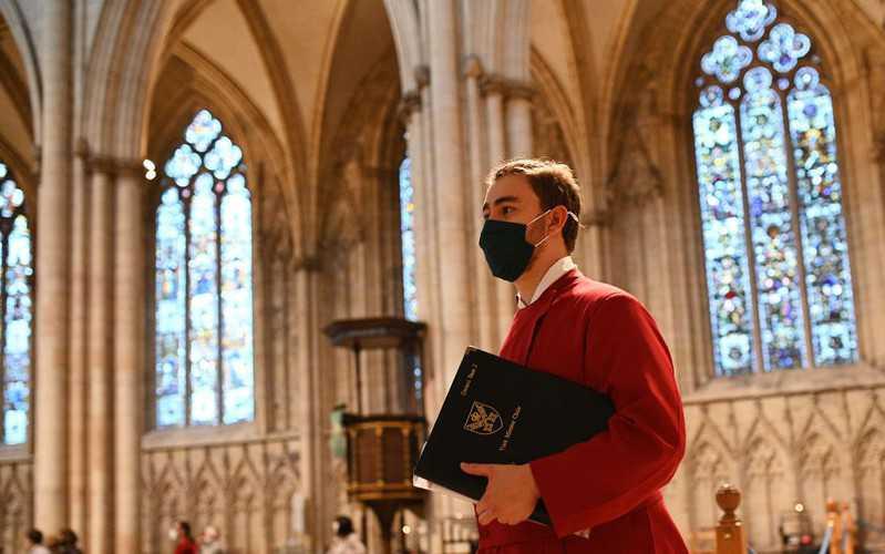 Pastorzy w Anglii zaskarżyli zakaz organizowania nabożeństw