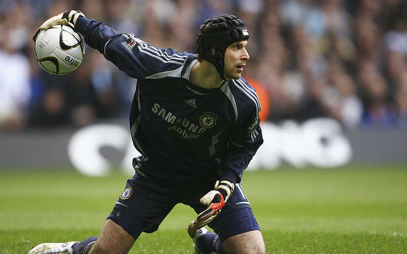 Petr Cech 'to play for Chelsea youth side' against Tottenham in first match since retiring 19 months