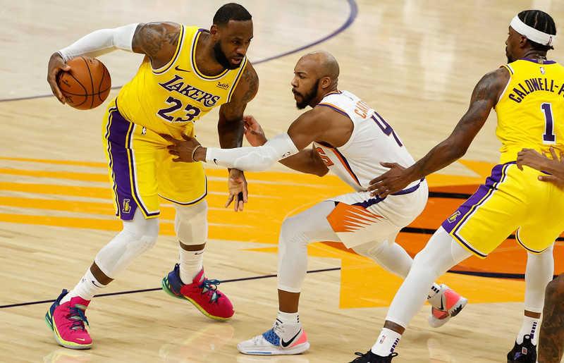 Liga NBA: Dzisiaj początek sezonu, Lakers zdecydowanym faworytem