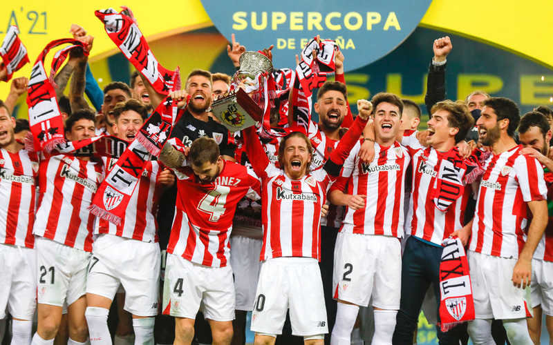Messi sent off as Athletic Bilbao sink Barcelona to win Spanish Super Cup