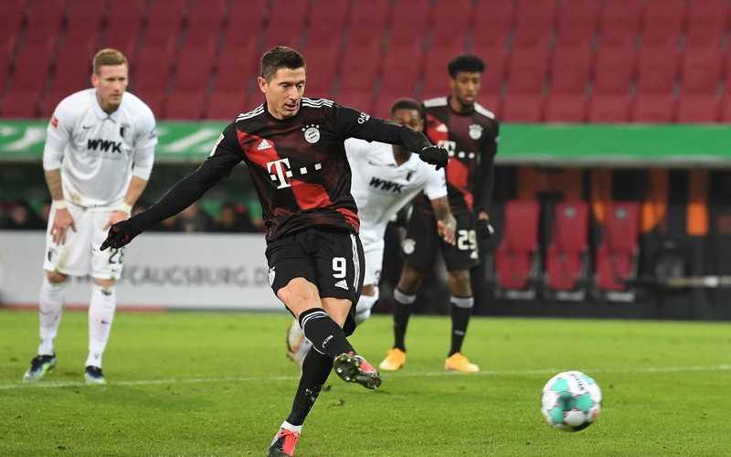 Football: Lewandowski breaks record and wins Bayern