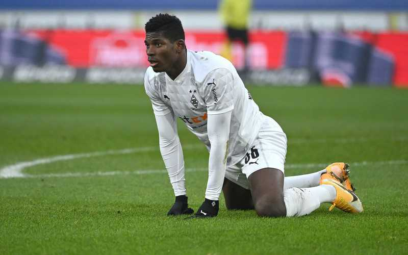 Embolo was escaping from police through a roof window. He will pay a fine of 200,000 euro