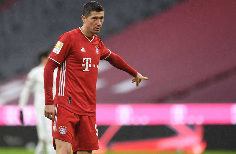 Lewandowski chases Mueller's record, 260 goals of the Pole