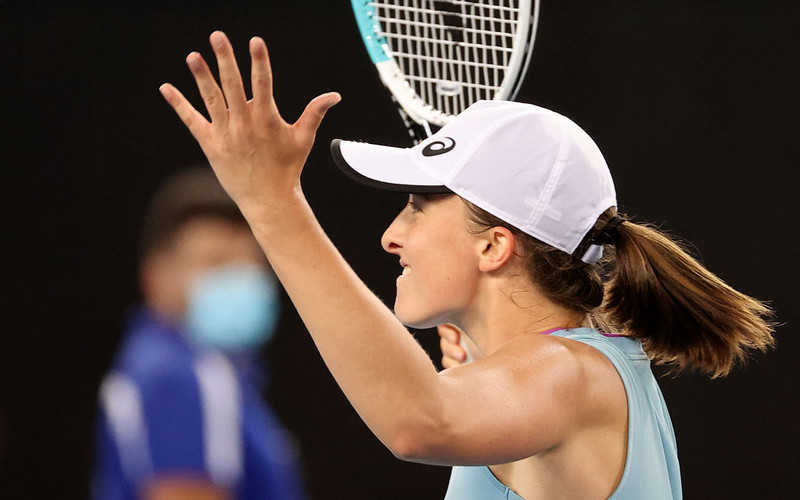 Australian Open: Iga Świątek and Łukasz Kubot won the first round of the mix