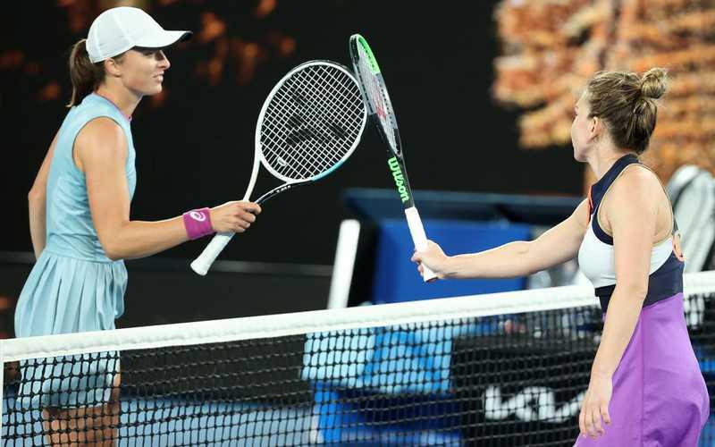 Australian Open: Swiatek lost to Halep in three sets in the 1/8 finals