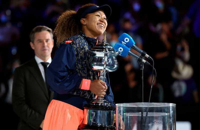 Australian Open: Naomi Osaka beats Jennifer Brady in women's final