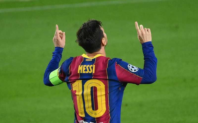 Barcelona's Messi breaks Xavi's club La Liga appearance record vs. Cadiz