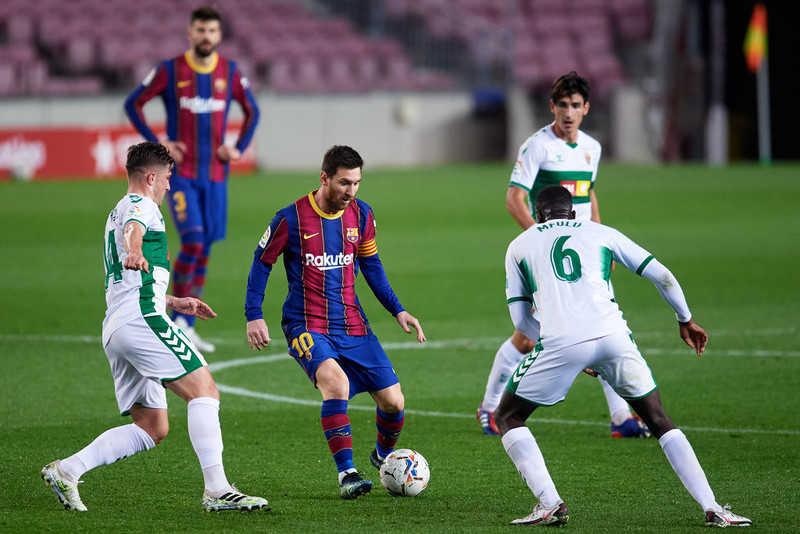 La Liga: Barcelona closer to Madrid duo