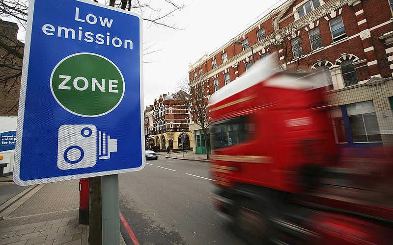 """Londyn: Od dzisiaj wyższa """"ekologiczna opłata"""" dla ciężarówek"""