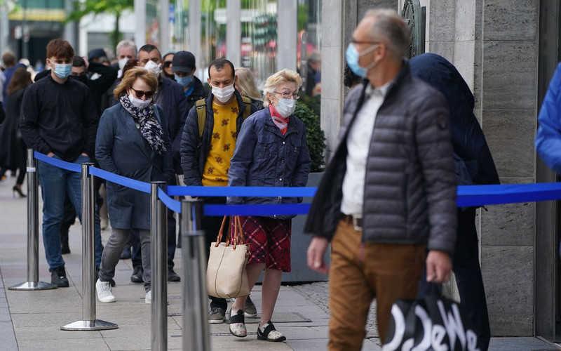 Niemcy: Niezbędna rejestracja i podanie danych, aby iść do sklepu