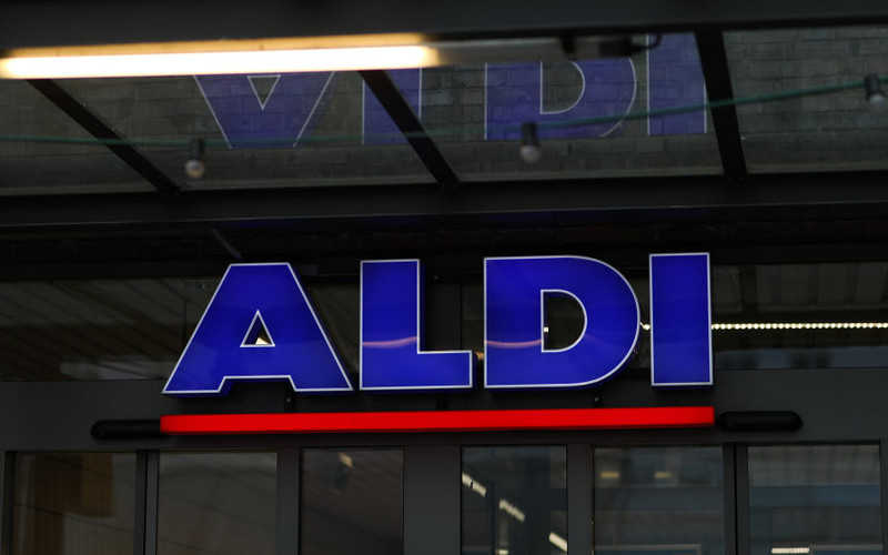 Niemcy: Sieć Aldi wprowadza tanie testy na koronawirusa