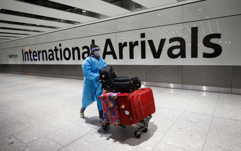 People trying to leave UK for holiday from next week face £5,000 fine