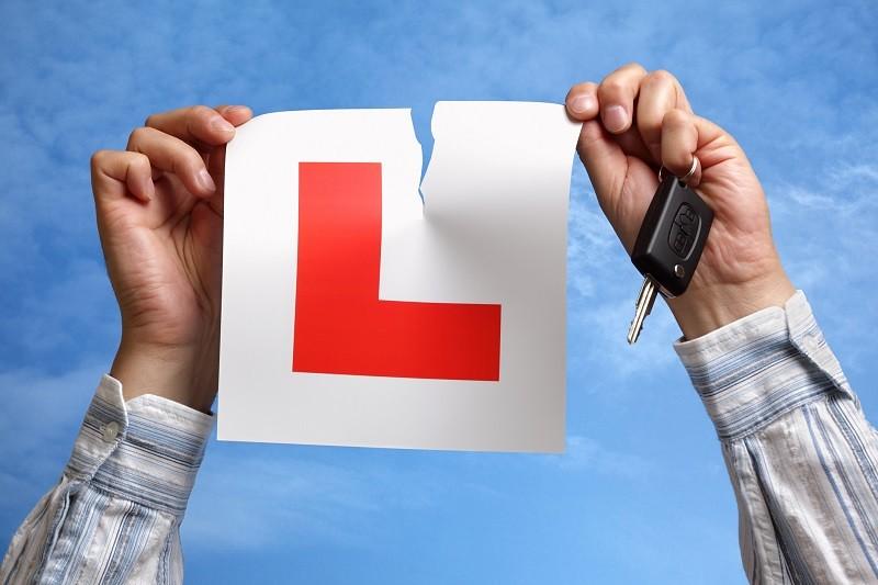 W UK gigantyczne kolejki na egzamin na prawo jazdy