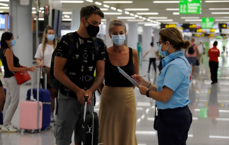 EU to discuss easing non-essential travel restrictions