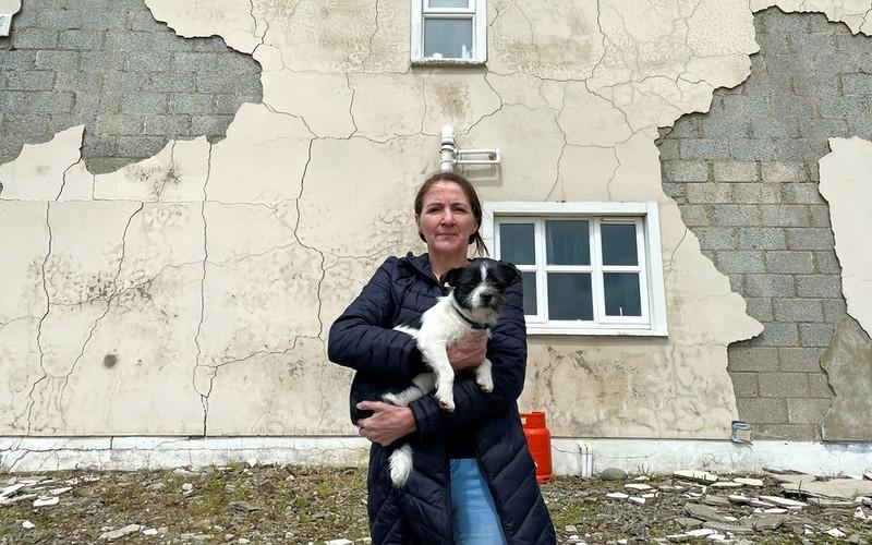 Irlandia: Tysiące domów zaczynają się rozpadać. Winny materiał