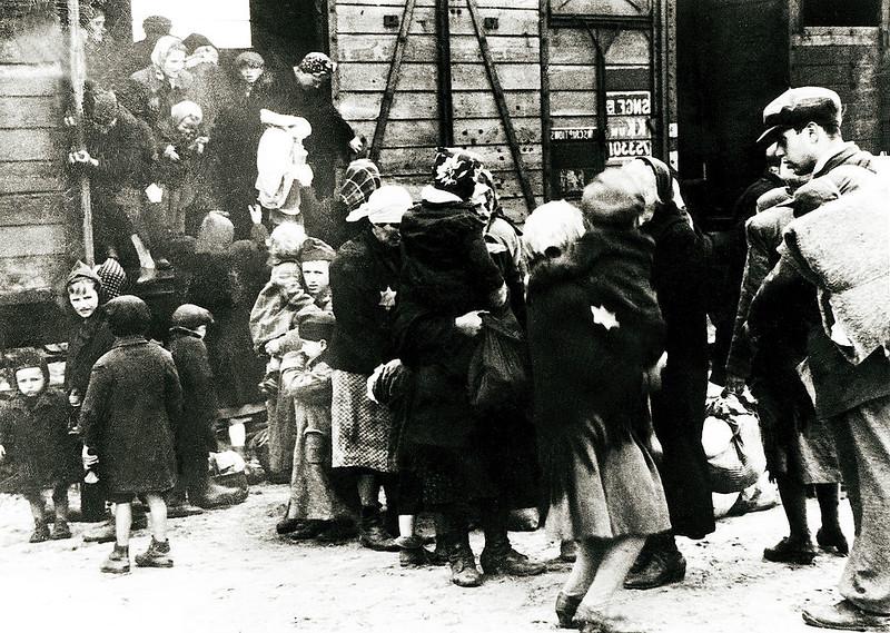 Ambasador RP w Irlandii: Ratowanie Żydów przez Polaków nie jest żadnym mitem