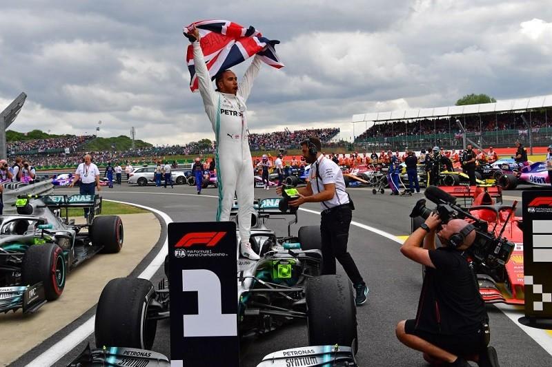 Formuła 1: Na Silverstone szansa Hamiltona i nowy format kwalifikacji