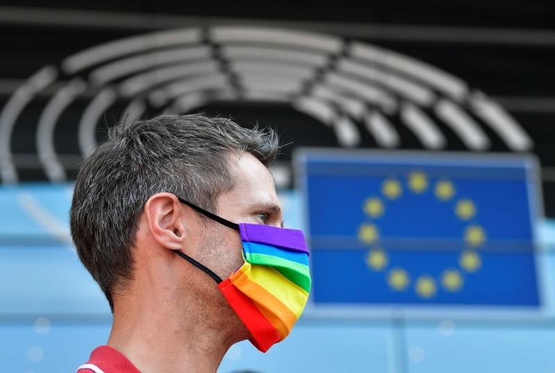 Komisja Europejska wszczyna postępowanie wobec Polski ws. LGBT