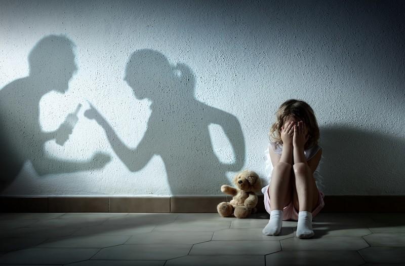 Polska chce rozszerzyć zakaz zbliżania się do ofiar przemocy domowej