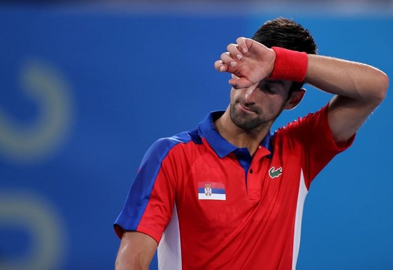 """Bolesna porażka Djokovica w Tokio. Stracił szansę na """"Złoty Szlem"""""""