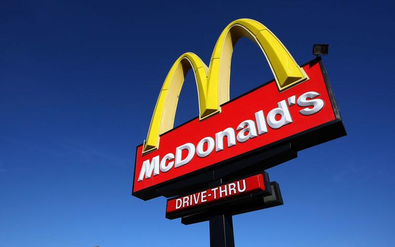 Przez problemy z dostawami McDonald's wycofuje z menu koktajle mleczne