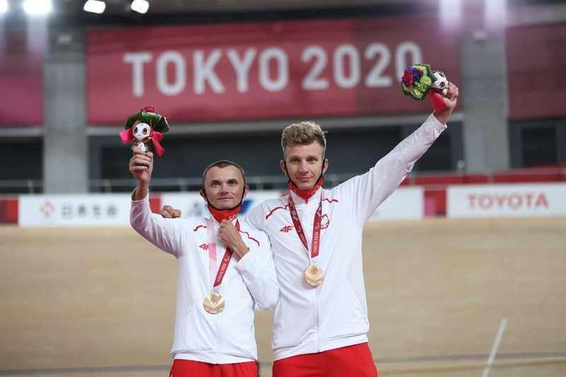 Paraolimpiada w Tokio: Pierwszy medal dla Polski! Brąz kolarzy torowych
