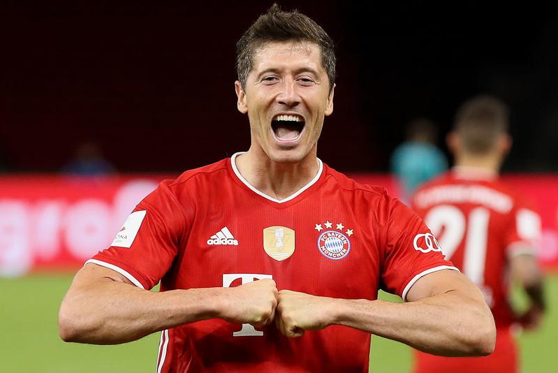 "Liga niemiecka: Lewandowski piłkarzem kolejki ""Kickera"""