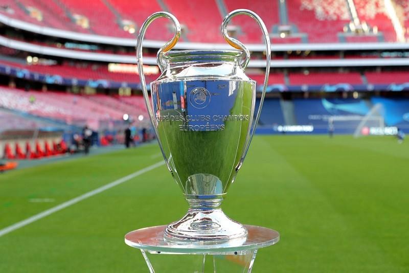 Liga Mistrzów: Miliony euro leżą na boisku