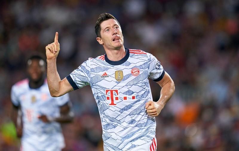 LM: Bayern rozbił Barcelonę. Dwa gole Lewandowskiego