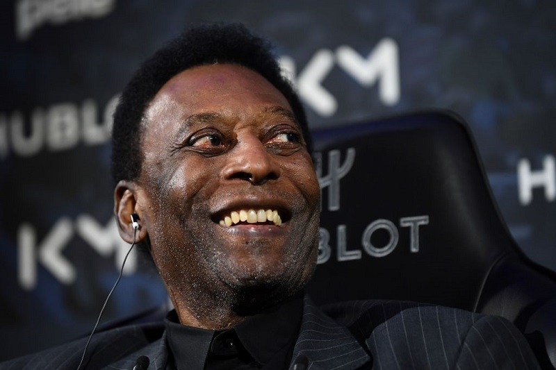 Pelé leaves intensive care after surgery to remove tumor