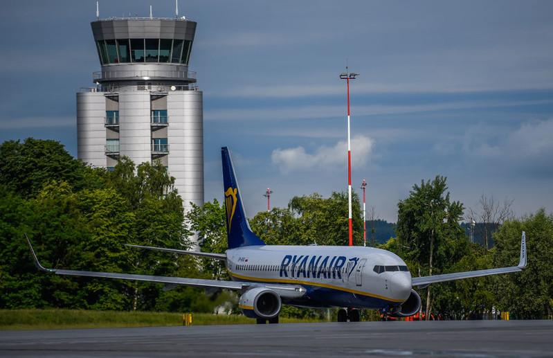 Ryanair grozi zamknięciem połączeń lotniczych z Polski
