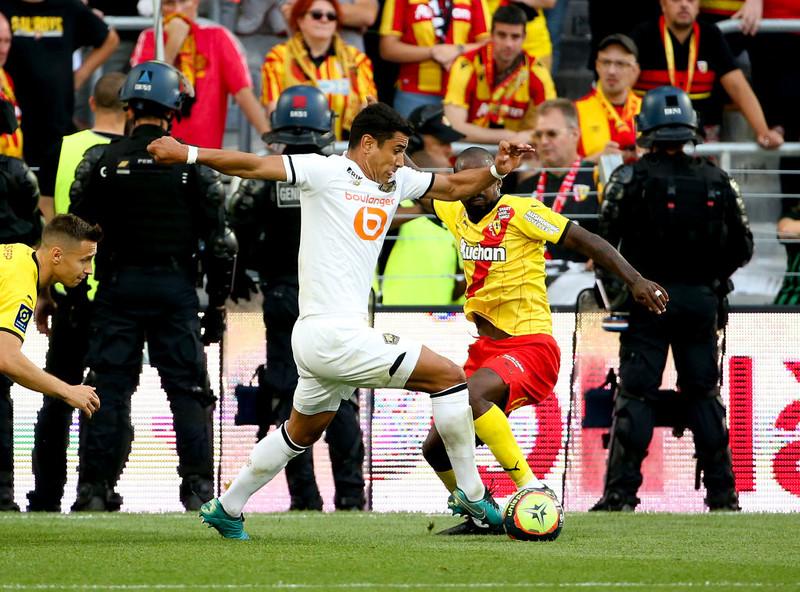 Liga francuska: Gol Frankowskiego dla Lens, mecz wstrzymany przez kibiców