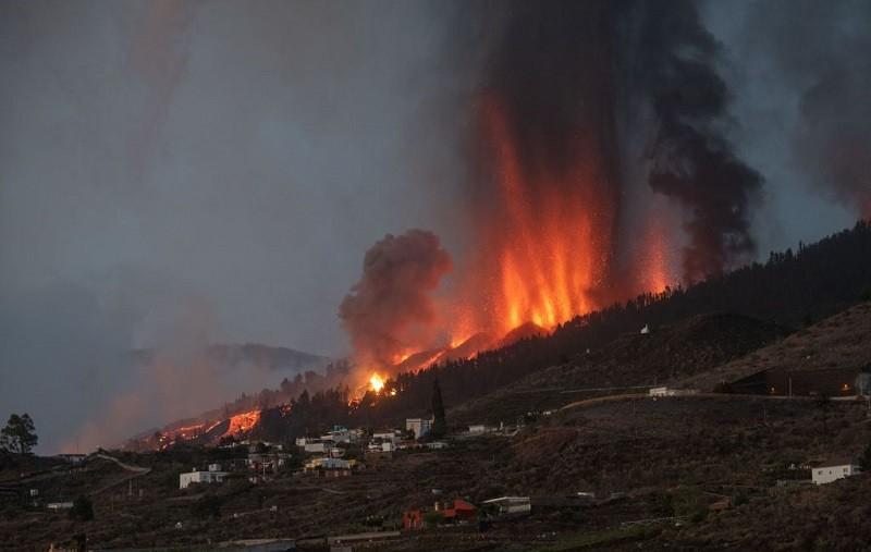 5 tys. ewakuowanych po wybuchu wulkanu na Wyspach Kanaryjskich