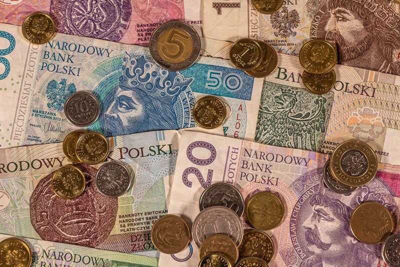 Do 2040 r. znacznie spadnie średnia emerytura w Polsce