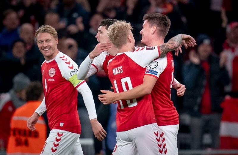 Niepokonana Dania z awansem na mundial w Katarze