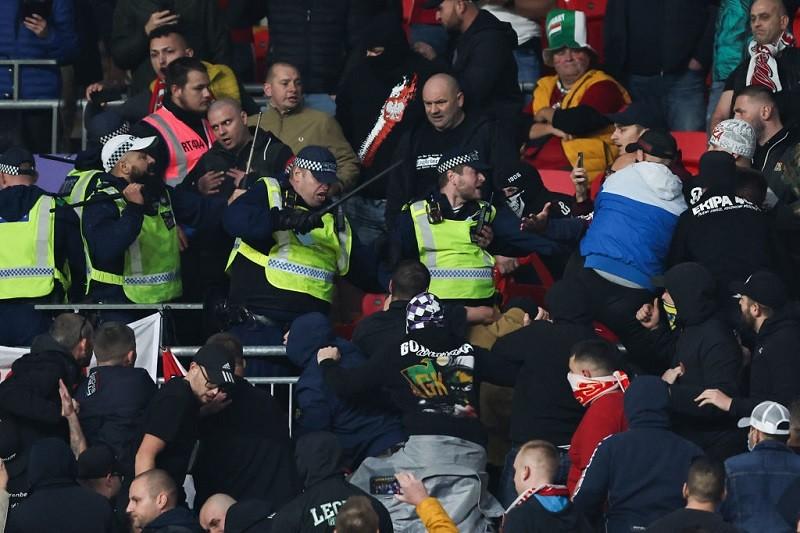 Media w UK: Zachowanie węgierskich kibiców przyćmiło słaby mecz Anglii